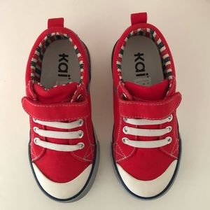 See Kai Run Hess II Sneaker Red Little Boys 11